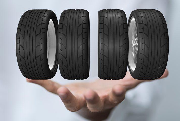 günstige Reifen, Reifenwechsel,